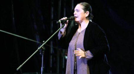 EN QUIMERA: CECILIA TOUSSAINT 40 AÑOS DE CARRERA
