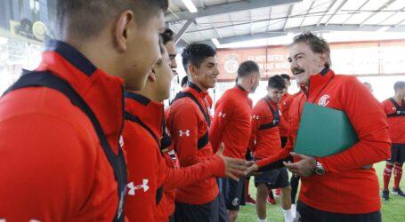 Inició entrenamientos Ricardo La Volpe