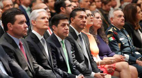Felicita Juan Rodolfo al rector de la UAEMéx por su Segundo Informe