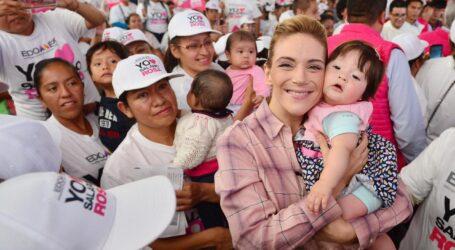 ENTREGAN DEL MAZO Y FERNANDA CASTILLO SALARIO ROSA PARA AMAS DE CASA QUE TIENEN FAMILIARES CON DISCAPACIDAD