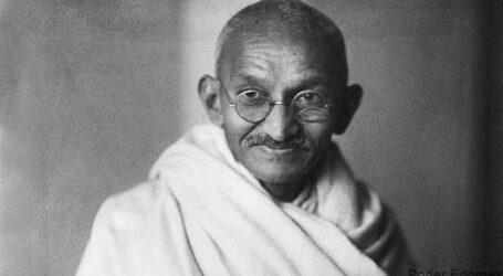 Un poco de Gandhi y su no violencia