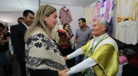 APOYAN A COMUNIDAD ARTESANAL MEXIQUENSE CON EXPO VENTA EN LA PLAZA DE LOS MÁRTIRES