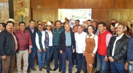 ENTREGAN APOYOS PARA EL CAMPO EN LA ZONA MAZAHUA