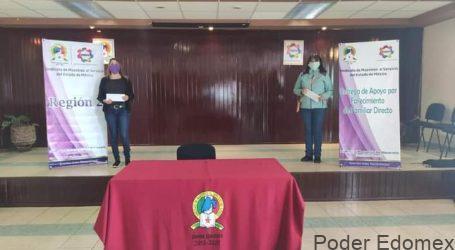 Reciben maestros del SMSEM préstamos del FAJAM y apoyo por fallecimiento de familiar