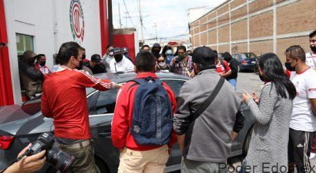 +Detienen a un falso Jarque; Visitaduría invadida; ¡Por fin! Ya hay secretario del Ayuntamiento de Toluca; La Banda del Rojo y el Chepo