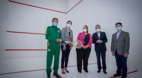 Alfredo Barrera entregó squash y sala de maestros en Prepa 2