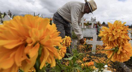 EXHORTA GEM A LOS 125 MUNICIPIOS MEXIQUENSES A MANTENER CERRADOS LOS PANTEONES DE LA ENTIDAD EL 1 Y 2 DE NOVIEMBRE