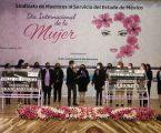 """""""Mujeres maestras son hacedoras del cambio social y cultural"""": Manuel Uribe"""