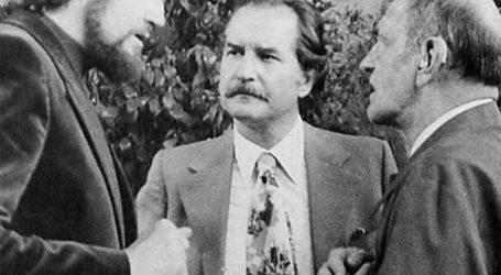 +Hace nueve años falleció Carlos Fuentes; Ernesto Nemer y la gobernabilidad; la canción de Movimiento Naranja; Sexo, impudor y partidos políticos
