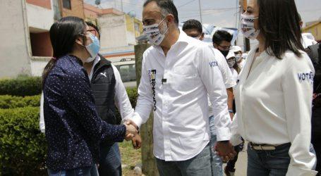 SIN SERVICIOS Y EN EL ABANDONO; VECINOS DE  INFONAVIT PIDEN A FERNANDO FLORES, LOS RESCATE