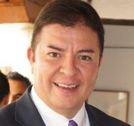 +David Alejandro Díaz, candidato a rector; de Enrique Garay, Porfirio Muñoz Ledo, AMLO, Manlio Fabio, Santiago Nieto y México cuerno de la abundancia