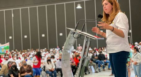ANTE 1,200 MUJERES, MELISSA VARGAS ANUNCIA TRIUNFO CONTUNDENTE E INOBJETABLE