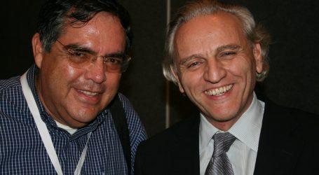 Alex Grijelmo y los miembros de la  Real Academia de la Lengua