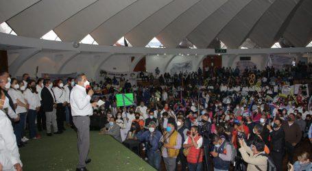 Cierra campaña Marco Aurelio Carbajal Leyva respaldado por más de 2 mil maestros en Toluca